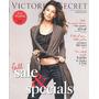Catalogo Da Victoria Secrets: Lily Aldridge / Izabel Goulart