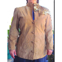Casaco De Camurça Com Detalhe Em Pele Leopardo Forrado Bolso