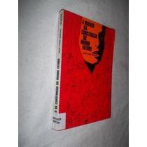 Livro - A Mulher Na Construção Do Mundo Futuro - Sociologia