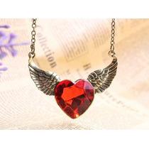 Colar Diamante Vermelho Coração Pingente Asas De Anjo