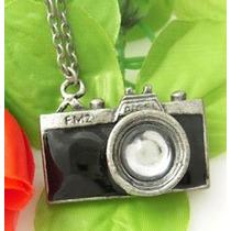 Colar Cordão Câmera Máquina Fotográfica Preta - 0006