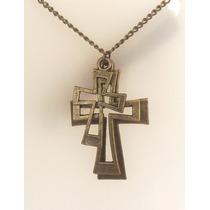 Colar 03 Cruzes Crucifixo Cristão Cor Bronze.