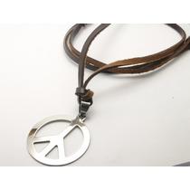 Cordão De Couro Com Simbolo Da Paz Em Aço Inox Ajustável