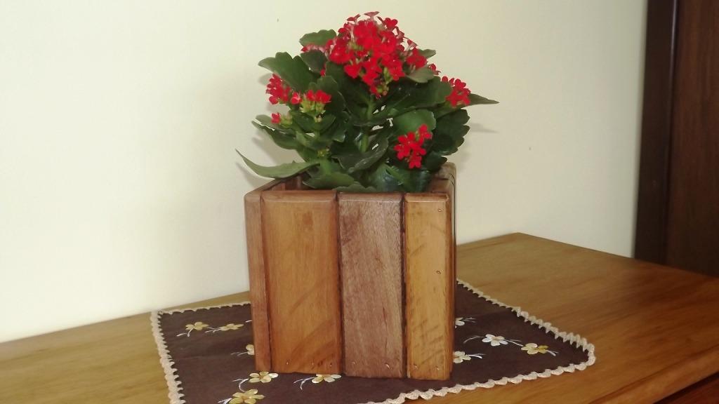 plantas de jardim lista:Conjunto De 4 Unid. Cachepô \ Vaso Planta Rústico Em Madeira – R$ 35