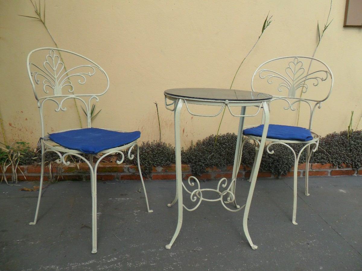 mesa jardim promocao:Conjunto De Mesa E Cadeiras Em Ferro Para Jardim – R$ 1.200,00 no
