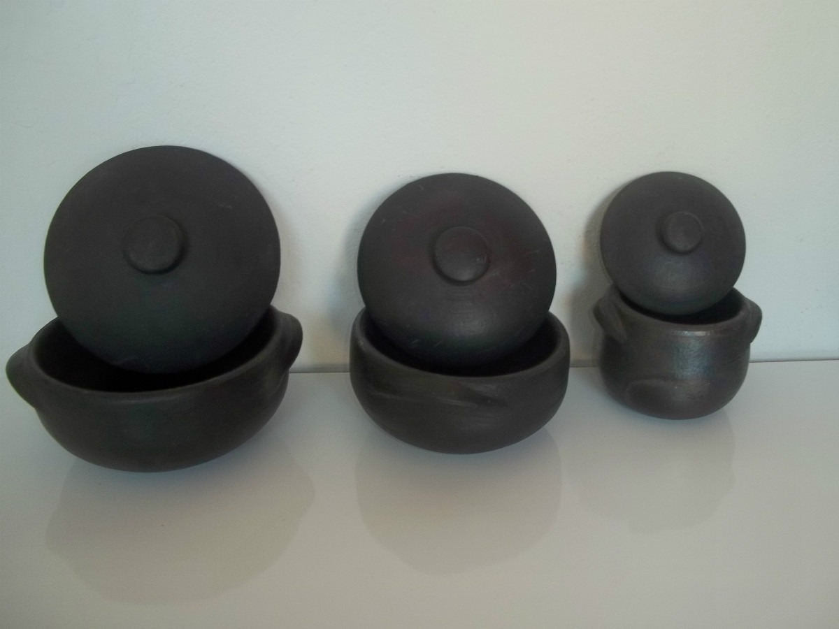conjunto de panelas de barro capixaba para feijoada #5C6F6A 1200x900