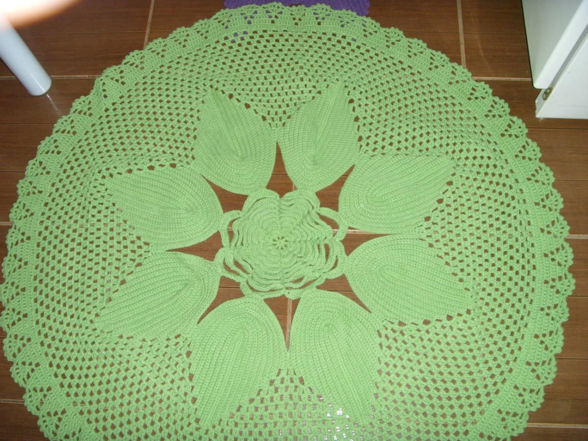 Cris artesanato Tapete De Flor Em Croche 1,5 M R$ 125,00 no MercadoLivre