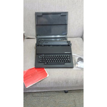 Maquina De Escrever Elétrica Portatil Olivetti - Praxis 20