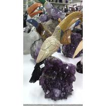 Pássaro Esculpido Pedras Naturais Em Base De Ametista