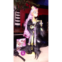 Monster High Boneca Clawdeen Wolf