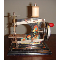 Antiga Máquina De Costura Infantil Da Estrela