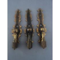 3 Puxadores Antigos Para Móveis Em Bronze Maciço (lote 465)
