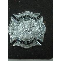 Distintivo Cincinnati Fire Dept (prateado) Bombeiros