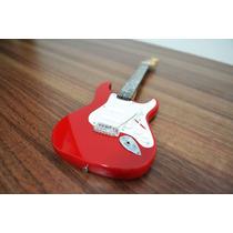 Miniatura Da Guitarra Fender Stratocaster Red - 25cm