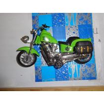 Moto B - Freedom Ben 10 Roda Livre Candide