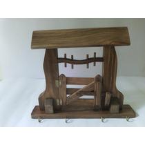 Porta Chaves De Madeira Canafista-fazenda-artesanato Manual