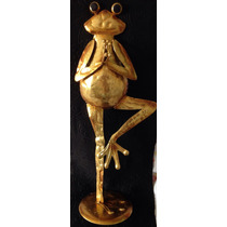 Sapo Escultura Ferro Folheado A Ouro 48cm 13,5cm Base