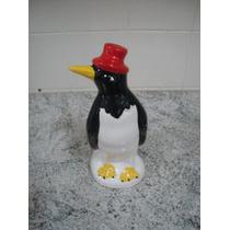 Lindo Pinguim De Louça Médio Para Geladeira