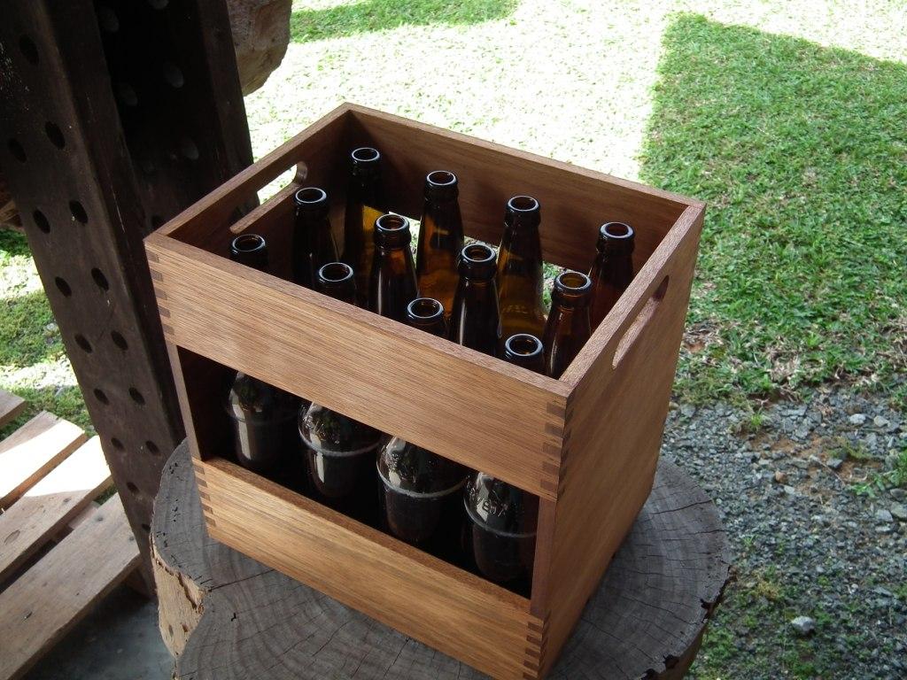 Engradado Cerveja 600ml Madeira Rustico R$ 88 00 no MercadoLivre #7A8843 1024x768