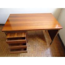 Mesa De Escritório Antiga Madeira Anos 70 P/retirar No Local