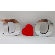 Duas Letras Espelhadas Prateadas E Um Coração Vermelho Amor