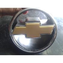 Par De Emblema Gm Cromado Dourado Grade Mala Celta 00 01 02