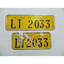 Par De Placas Amarela De Carro - Lt 2033 Rj Antiga E Rara