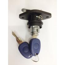 Botão Da Porta Traseira (baú) C/chave Azul Fiorino 04 À 07