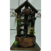 Fonte Artesanal 2 Madeira, Cerâmica - Média 4 Caídas De Água