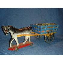 Brinquedo De Lata Carrocinha Com Cavalo Tipo Metalma.