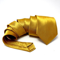 Gravata Dourada Tradicional De 7,5cm De Largura