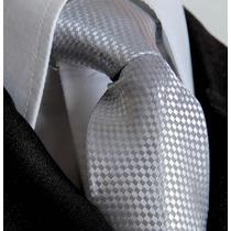 Gravata Prata Trabalhada Semi Slim Com Nó