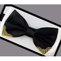 Gravata Borboleta Masculina Com Detalhe Dourado Cor Preta