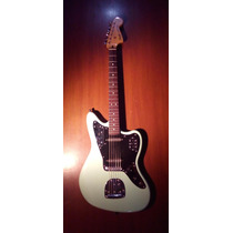 Guitarra Fender Jaguar Squier