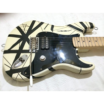 Guitarra Black And White Eddie Van Halen (preta E Branca)