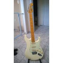 Guitarra Tagima Strato Stratocaster Tg530