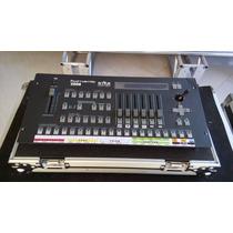 Mesa Controladora Dmx Pilot 2000 Iluminação+case