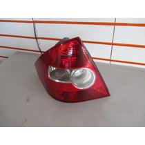 Lanterna Fiesta Sedan 2010 2009 2008 2007 2006 05 04 Bicolor