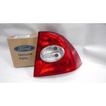 Lanterna Traseira Direita Ford Focus Sedan 5m5113a602aa