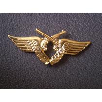 Distintivo Dourado Polícia Do Exército