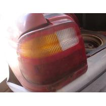 Lanterna Traseira Logus 94 C/ Detalhe