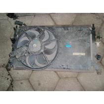Radiador/condensador E Ventoinha Focus 2.0 2010