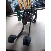 Krros - Pedal Freio Embreagem Focus 1.6 06 08 C/ Atuador