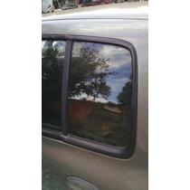 Vidro Porta Traseira Esquerda (fixo) Renault Clio Sedan