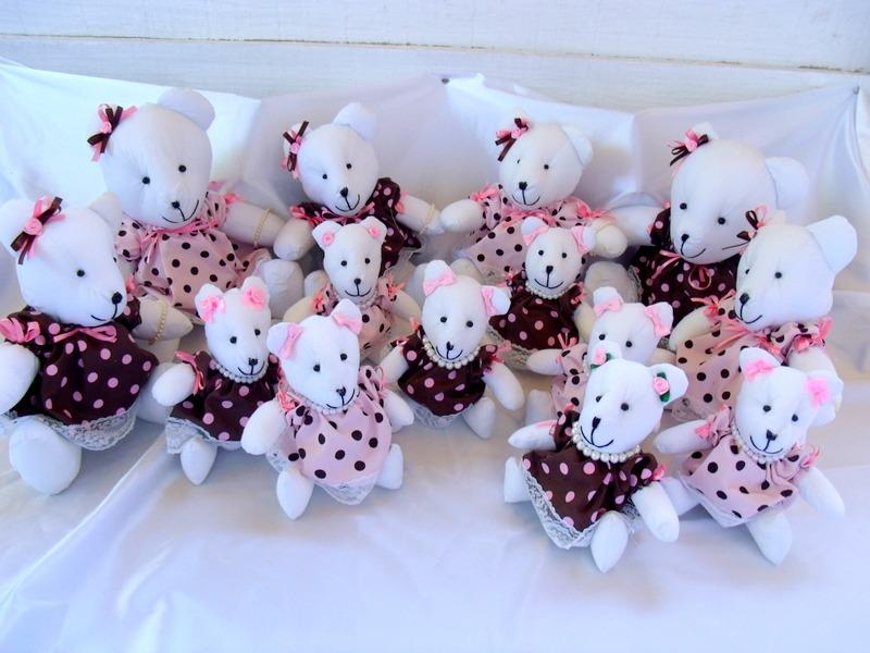 Enxoval de bebê luxuoso bege e rosa com ursinhos