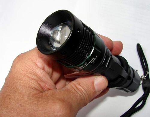 Lanterna Tática 2000w E 5600 Lumens Led Cree Q5 Recarregável