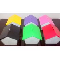 50 Casinhas Cofre Em Plastico Com Varias Cores De Telhado