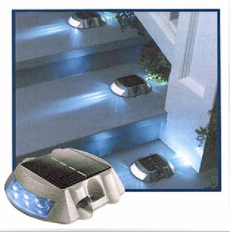 Luz Para Jardim E Casa Em Led Marcadores  Caixa 4 Unidades  R$ 477