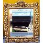 Espelho Antigo De Madeira Dourada Com Entalhes De Flores