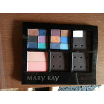 Kit De Maquiagem Mary Kay Com 13 Sombras Mineral E 2 Blush.